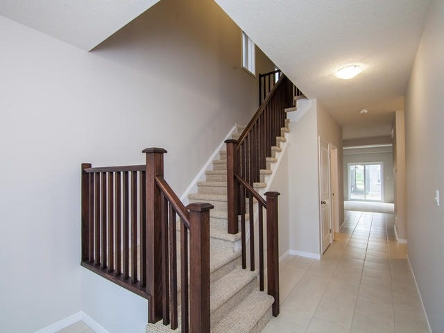 Detached at 272 Buttonbush St, Waterloo, Ontario. Image 14