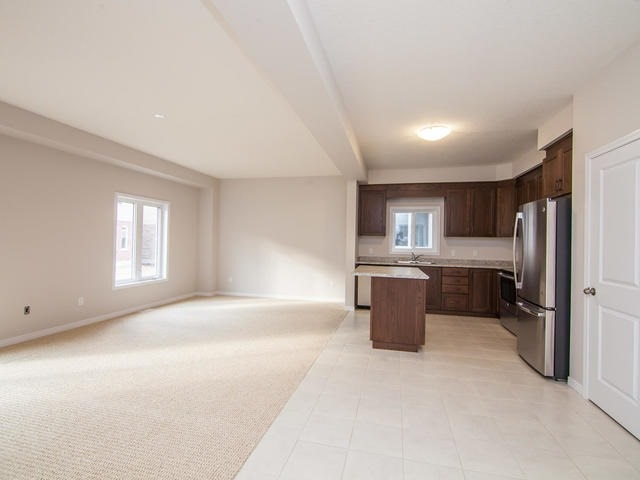 Detached at 272 Buttonbush St, Waterloo, Ontario. Image 16