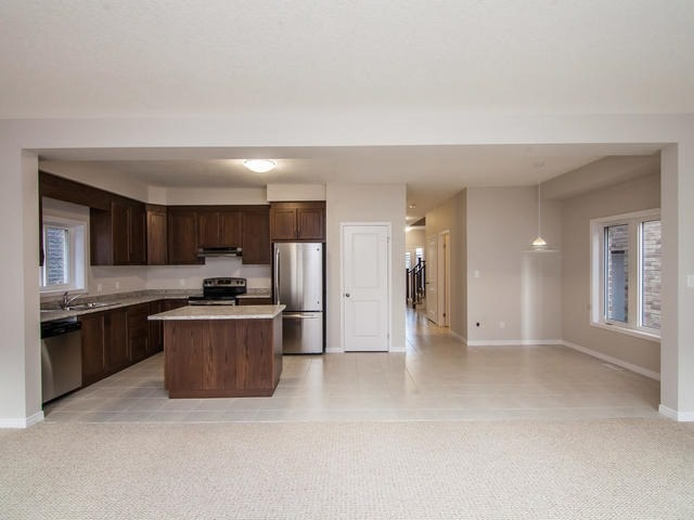 Detached at 272 Buttonbush St, Waterloo, Ontario. Image 17