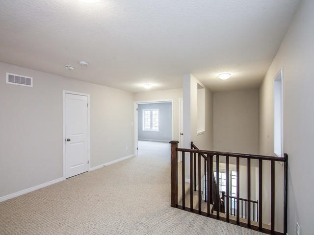 Detached at 272 Buttonbush St, Waterloo, Ontario. Image 5
