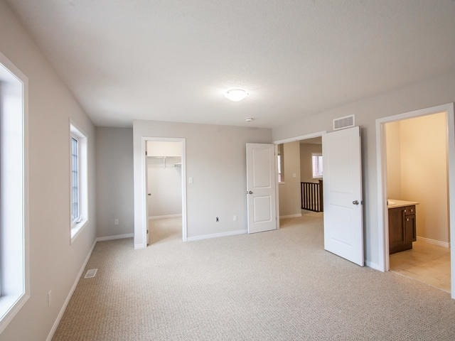 Detached at 272 Buttonbush St, Waterloo, Ontario. Image 7