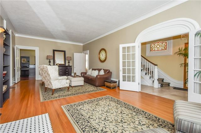 Detached at 135 Brant  Ave, Brantford, Ontario. Image 17