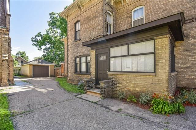 Detached at 135 Brant  Ave, Brantford, Ontario. Image 9