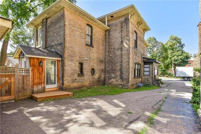 Detached at 135 Brant  Ave, Brantford, Ontario. Image 11