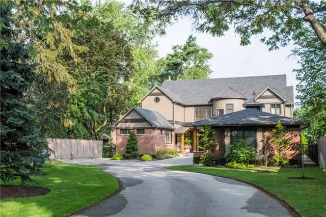 Detached at 70 Dalhousie Ave, St. Catharines, Ontario. Image 1
