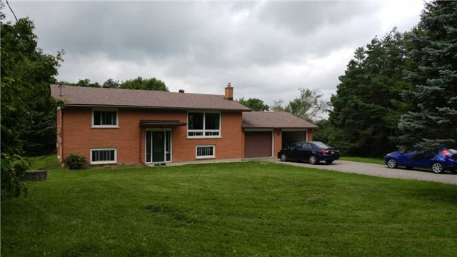 Detached at 1284 Tapley 1/4 Line, Cavan Monaghan, Ontario. Image 1