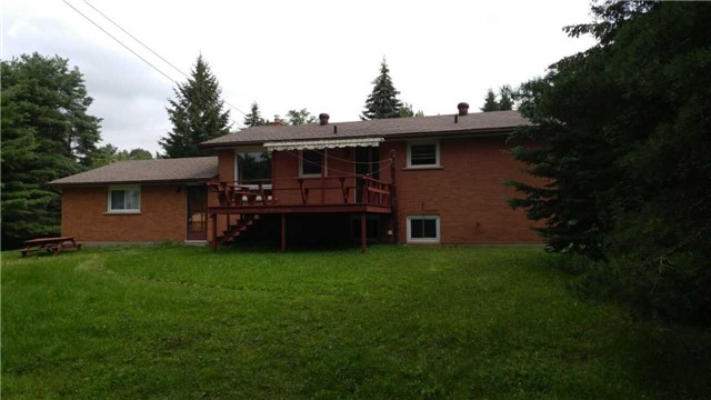 Detached at 1284 Tapley 1/4 Line, Cavan Monaghan, Ontario. Image 4