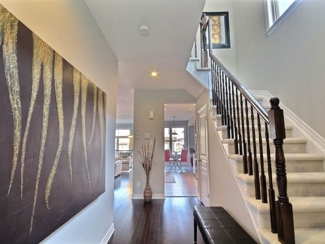 Townhouse at 106 Popplewell Cres, Ottawa, Ontario. Image 4
