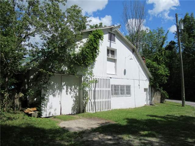 Rural Residence at 846 Smith St, Brighton, Ontario. Image 7