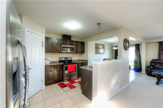 Semi-detached at 71 Curzon Cres, Guelph, Ontario. Image 20