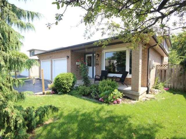 Detached at 4583 Cedarbrook Lane, Lincoln, Ontario. Image 11