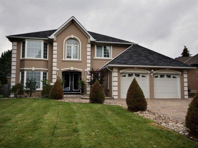 Detached at 224 Greenbriar Rd, Hamilton, Ontario. Image 1