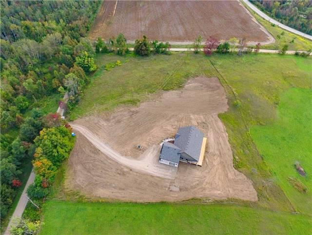 Detached at 568265 9 Sdrd, Mulmur, Ontario. Image 10