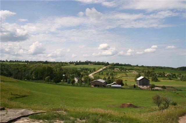 Detached at 568265 9 Sdrd, Mulmur, Ontario. Image 17