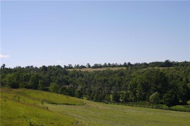 Detached at 568265 9 Sdrd, Mulmur, Ontario. Image 3