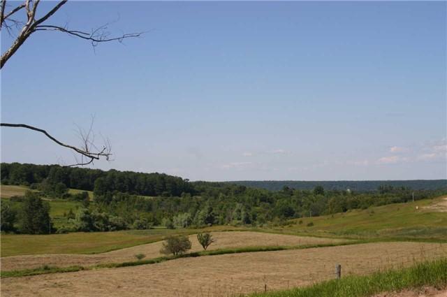 Detached at 568265 9 Sdrd, Mulmur, Ontario. Image 4