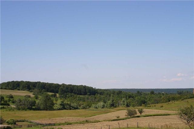 Detached at 568265 9 Sdrd, Mulmur, Ontario. Image 6