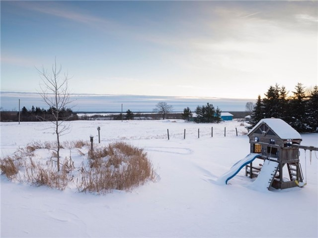 Detached at 551 Leigh's Bay Rd, Sault Ste Marie, Ontario. Image 10