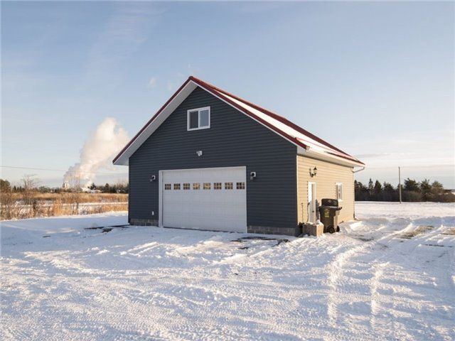 Detached at 551 Leigh's Bay Rd, Sault Ste Marie, Ontario. Image 11