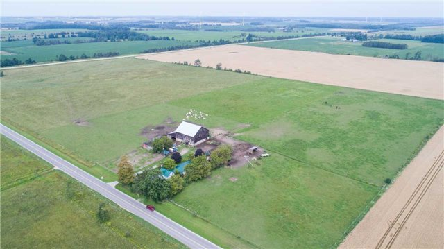 Detached at 402415 Concession 10-11 Sdrd, East Luther Grand Valley, Ontario. Image 9