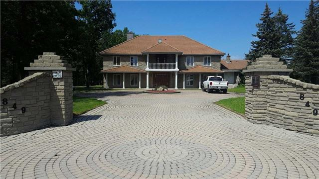 Detached at 849 Highland Rd E, Hamilton, Ontario. Image 1