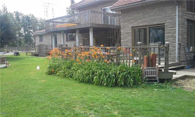 Detached at 849 Highland Rd E, Hamilton, Ontario. Image 12