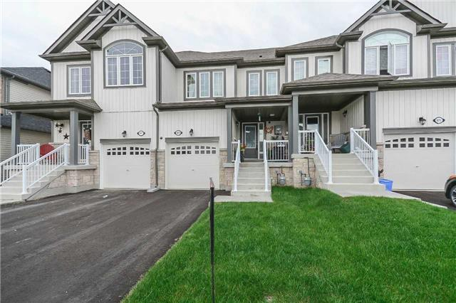 Townhouse at 823 Cook Cres, Shelburne, Ontario. Image 1