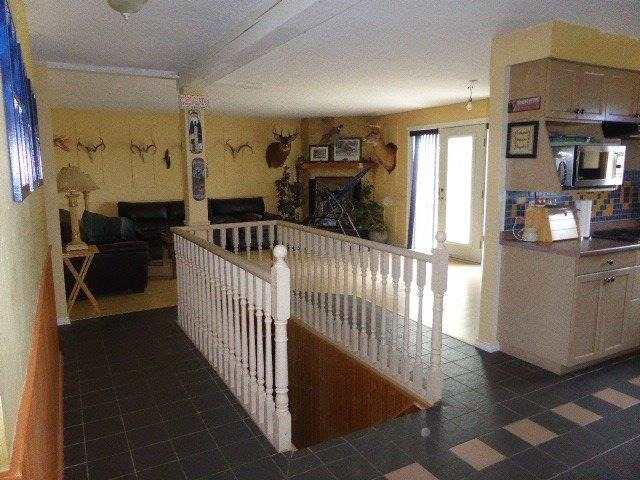 Detached at 320113 170 Sdrd, Grey Highlands, Ontario. Image 9