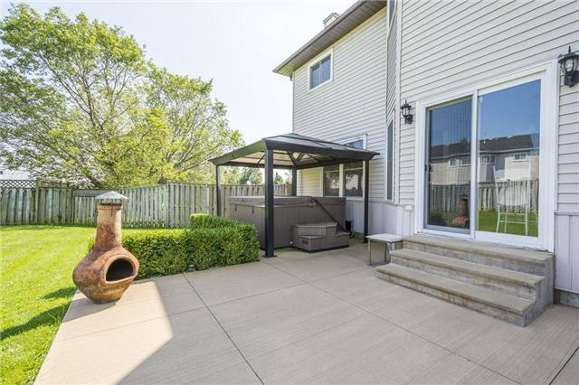 Detached at 874 Battell St, Cobourg, Ontario. Image 15