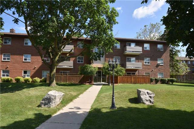 Condo Apartment at 612 Grey St, Unit #20, Brantford, Ontario. Image 1
