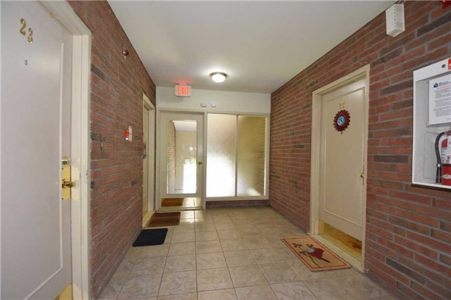Condo Apartment at 612 Grey St, Unit #20, Brantford, Ontario. Image 10