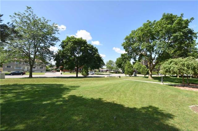 Condo Apartment at 612 Grey St, Unit #20, Brantford, Ontario. Image 11