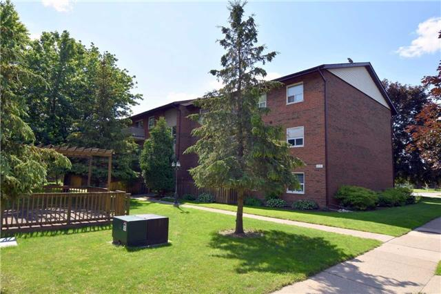 Condo Apartment at 612 Grey St, Unit #20, Brantford, Ontario. Image 12