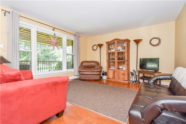 Detached at 3670 Beaverdale Rd N, Cambridge, Ontario. Image 15