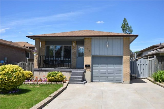 Detached at 334 Templemead Dr, Hamilton, Ontario. Image 1