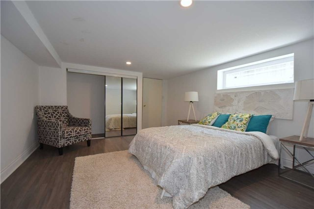 Detached at 334 Templemead Dr, Hamilton, Ontario. Image 10