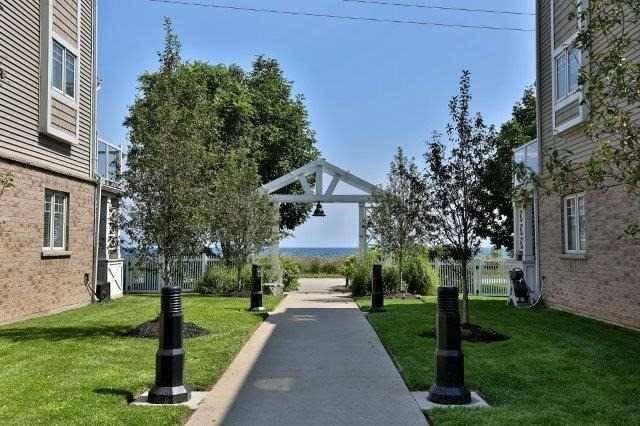 Condo Townhouse at 337 Beach  Blvd, Unit 42, Hamilton, Ontario. Image 4