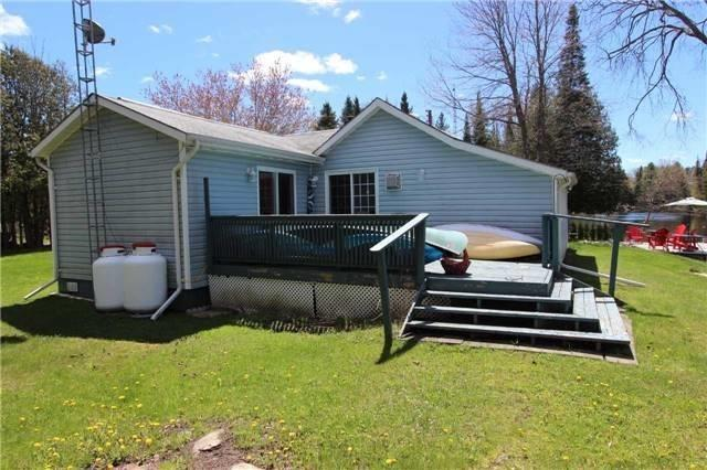 Detached at 81 Superior Rd, Kawartha Lakes, Ontario. Image 1