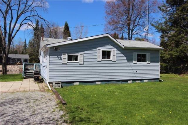 Detached at 81 Superior Rd, Kawartha Lakes, Ontario. Image 12