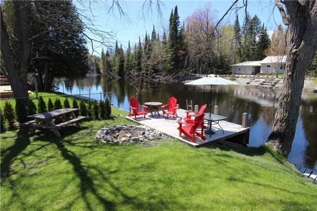 Detached at 81 Superior Rd, Kawartha Lakes, Ontario. Image 16