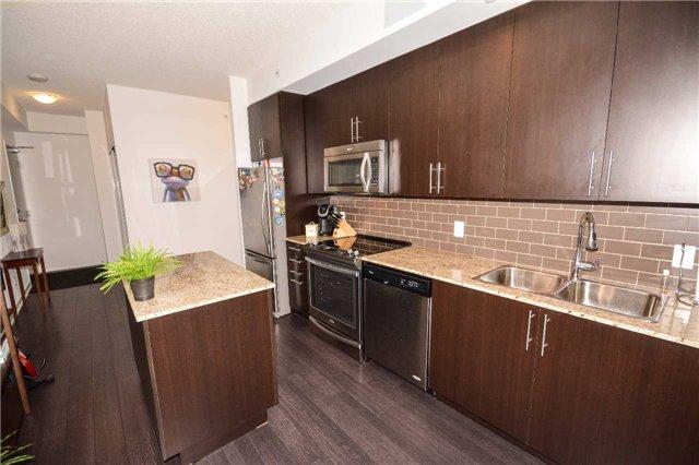 Condo Apartment at 85 Duke St W, Unit 904, Kitchener, Ontario. Image 15