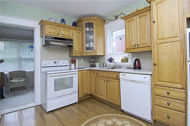 Detached at 185 St. George St W, Centre Wellington, Ontario. Image 14
