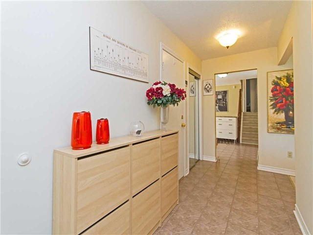 Link at 104 Sandra Cres, Grimsby, Ontario. Image 14