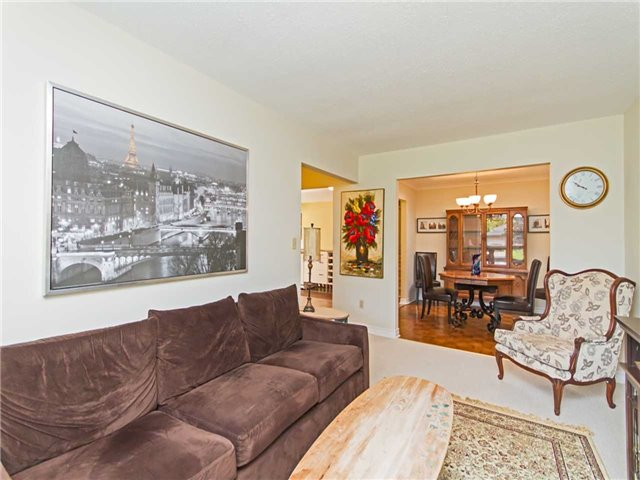 Link at 104 Sandra Cres, Grimsby, Ontario. Image 16