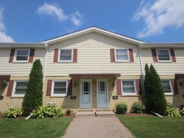 Condo Townhouse at 657 Albert St, Unit 70, Waterloo, Ontario. Image 1