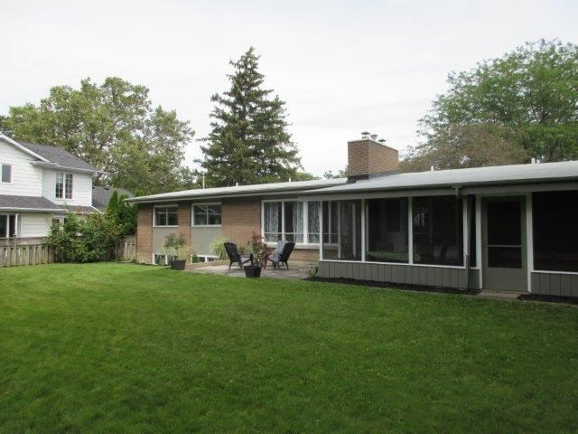 Detached at 4 Marwood Circ, St. Catharines, Ontario. Image 14