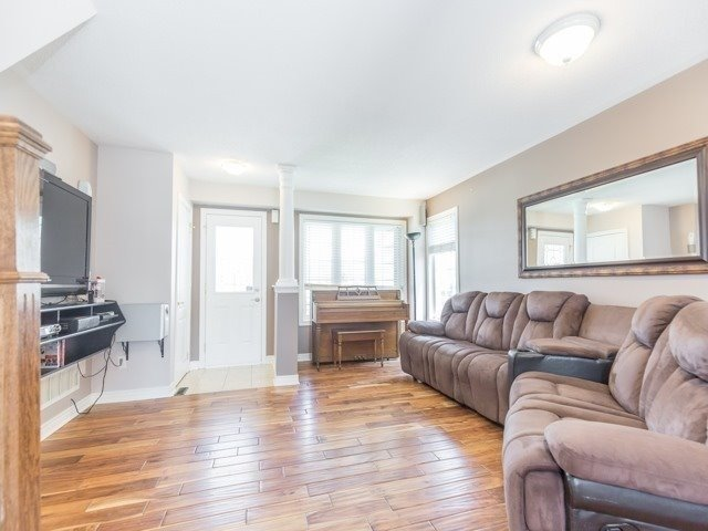 Detached at 340 Orvis Cres, Shelburne, Ontario. Image 19