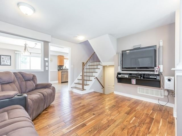 Detached at 340 Orvis Cres, Shelburne, Ontario. Image 2