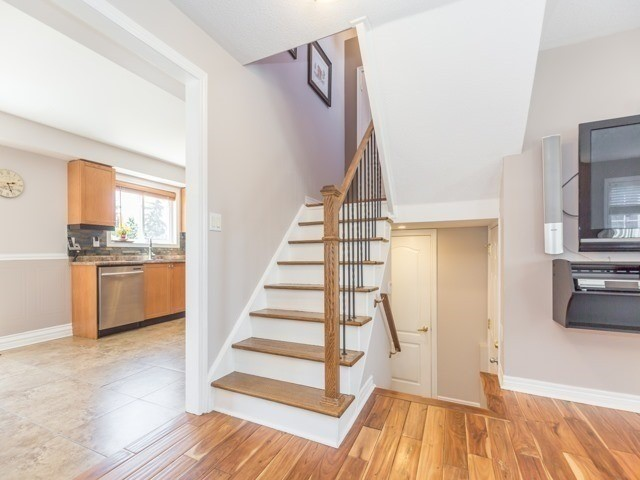 Detached at 340 Orvis Cres, Shelburne, Ontario. Image 3
