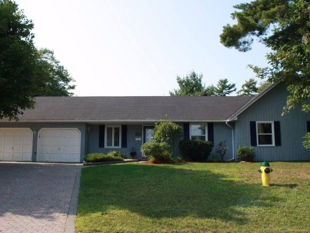 Detached at 20 Virginia Hts, Parry Sound, Ontario. Image 1
